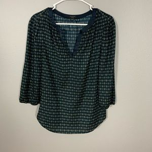 Ann Taylor Navy Blue Patterned V-Neck Top